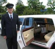 A Chauffeur 4 U Offers Professional Chauffeur Services
